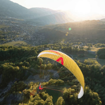 Skywalk Arak Paraglider